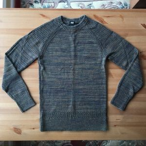 H&M Sweater. S. Space Dyed Moss. Preowned.